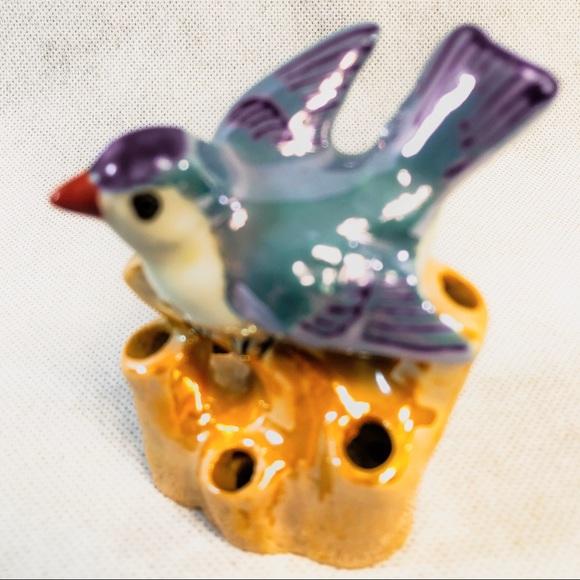 Porcelain Miniature Craft Collectible Ceramic Black Swan Figurine Incense Holder